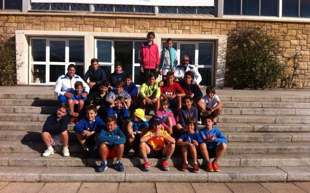 Trobada de tennis dels alumnes de l'escola de tennis del Monterols i el Club Peñacañada