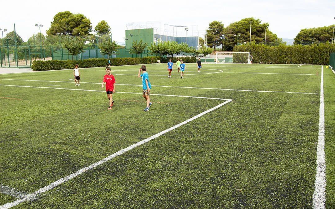 Noves instal·lacions: el Club Tennis Reus Monterols ja disposa d'un camp de futbol 7 de gespa artificial