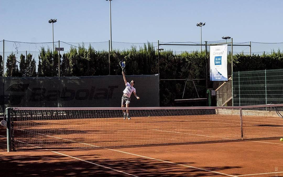El Club Tennis Monterols dóna tret de sortida a la29aedició del Trofeu de tennis juvenil La Creu Blanca