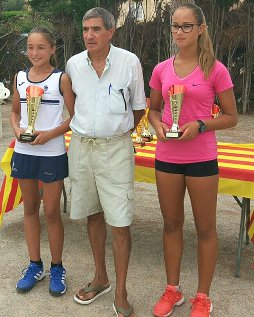 Paula Rodríguez es proclama campiona infantil del Circuit Juvenil d'Estiu del CN Tennis Calafell