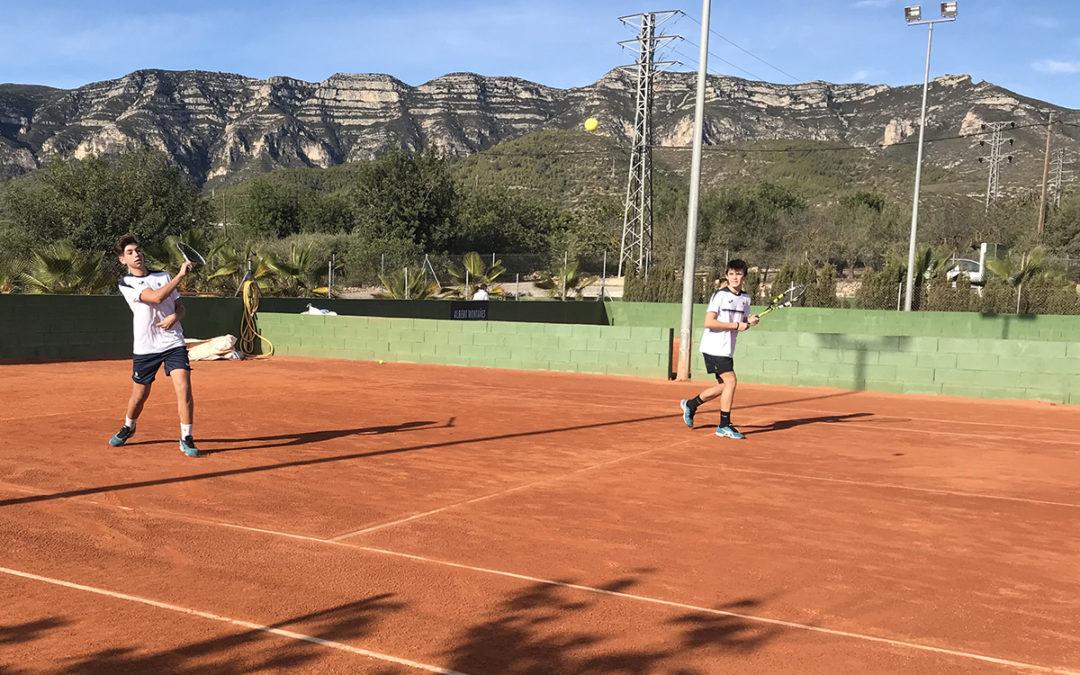 Derrota del Cadet Masculí B contra el club Johnny Montañés en la Lliga Catalana de tennis