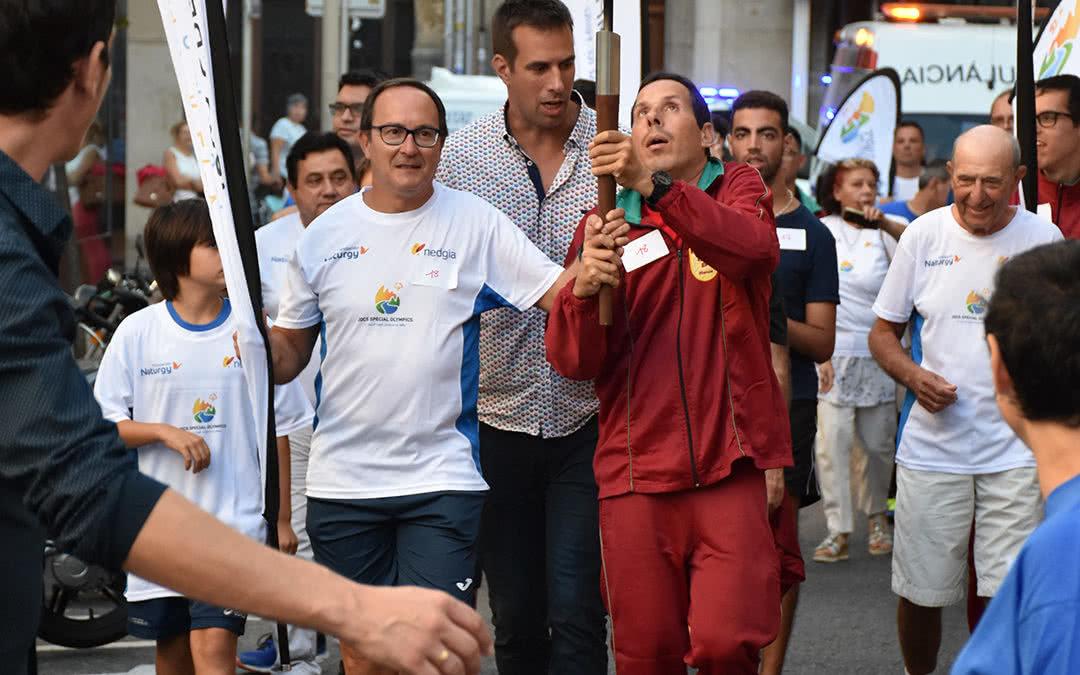 Reus va acollir el pas de la Torxa Special Olympics pels carrers de la ciutat