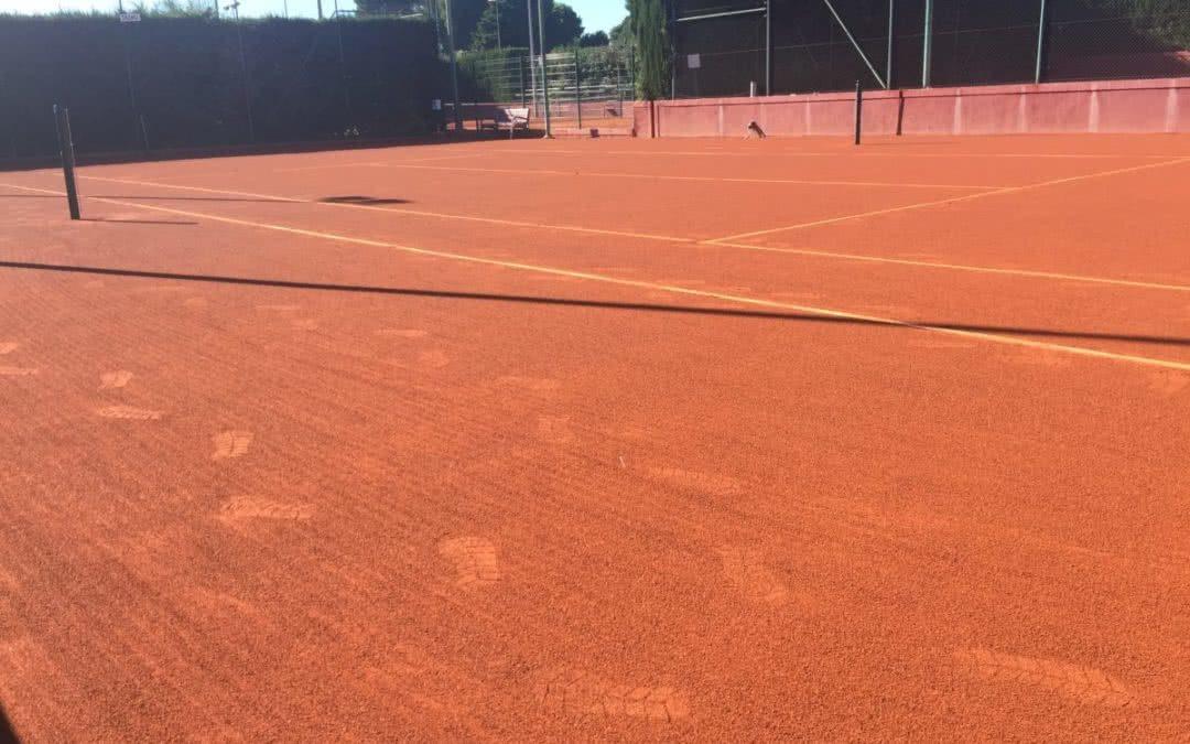 Finalitzen les obres de millora i remodelació de la pista 3 de tennis