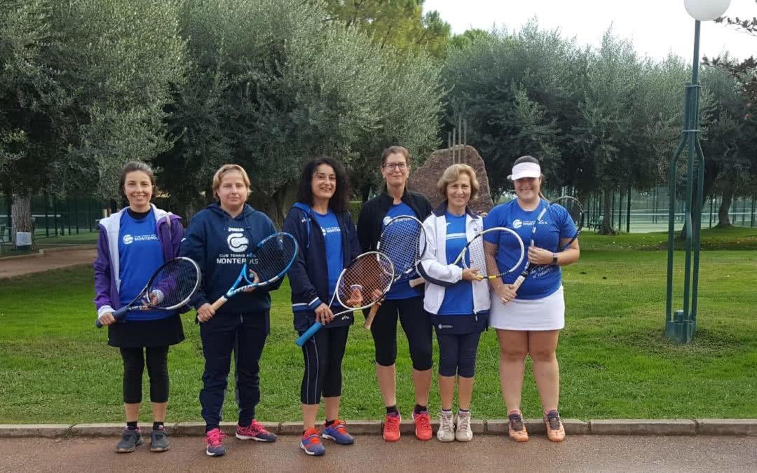 Bon inici de l'equip +30 femení del Monterols en el campionat Interclubs de dobles