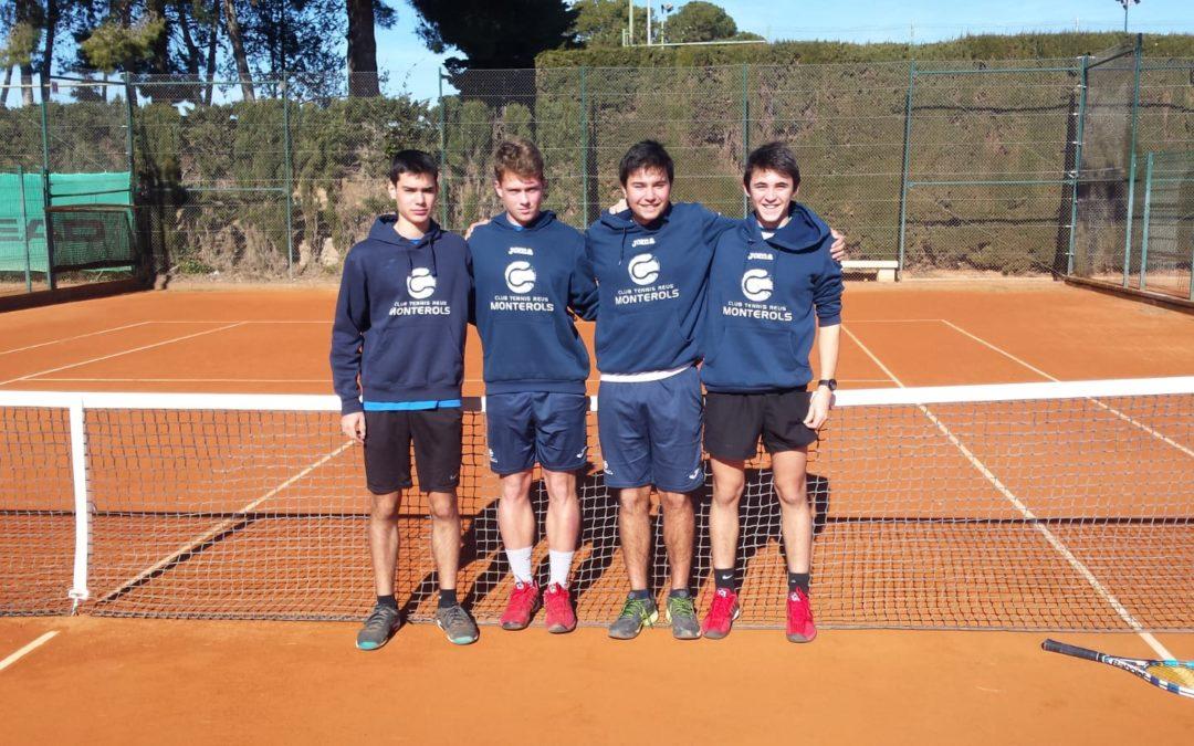 Ajustada victòria del nostre Júnior Masculí davant el Johny Montanés en la Lliga Catalana de tennis