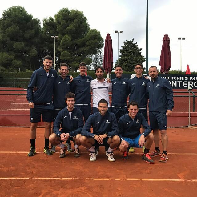 L'equip Absolut Masculí s'enfronta aquest cap de setmana els quarts de final al Real Club Tennis Barcelona