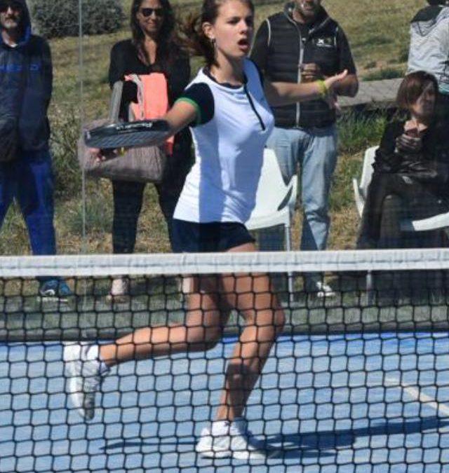 Maria Freixas es planta a les semifinals del Gran Slam de pàdel de menors del Pàdel Barcelona el Prat