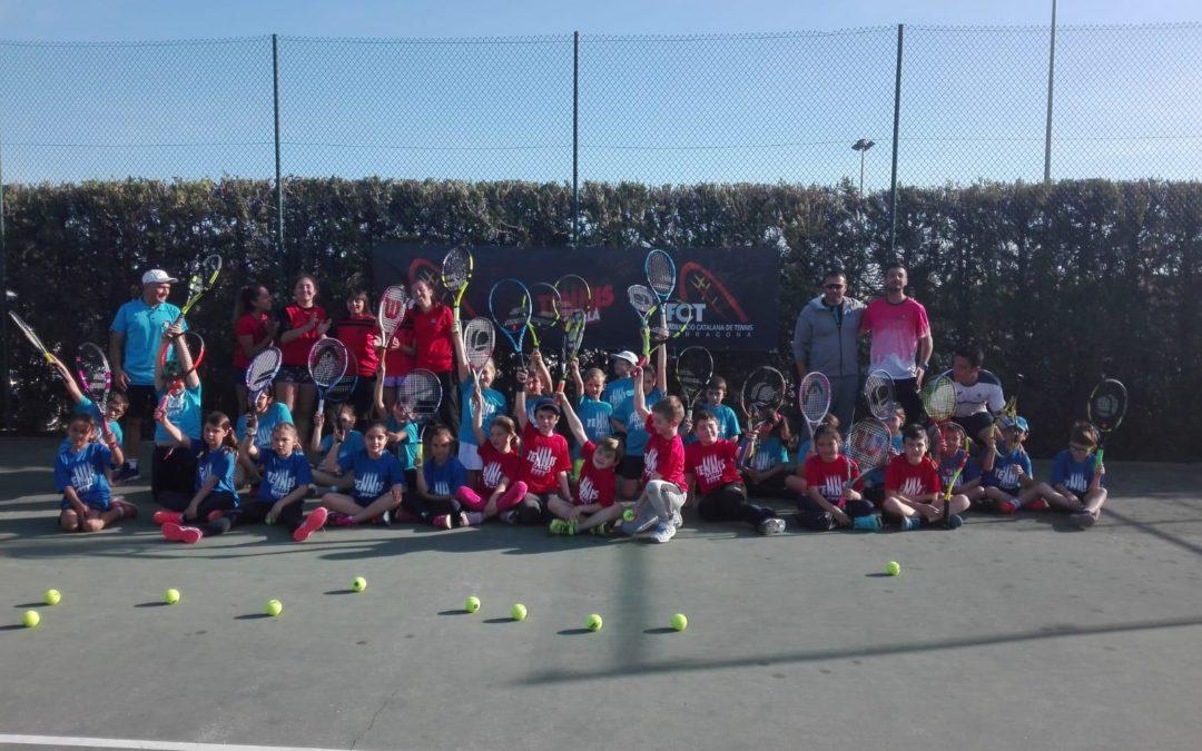 Es disputa la jornada de Supertennis a les pistes del Club Tennis Reus Monterols