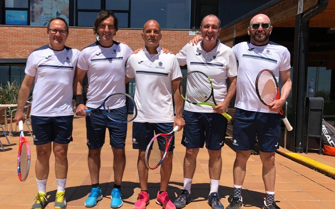 L'equip sénior masculí +50 guanya al Tennis Sabadell i manté la màxima categoria per la propera temporada