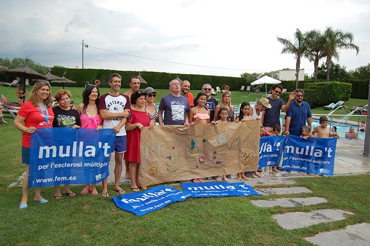 La piscina del Club Tennis Reus Monterols es solidaritza amb el Mulla't