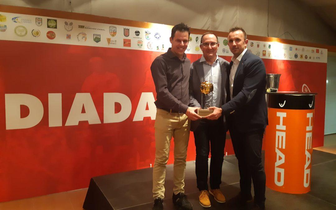L'equip Sénior +40 guardonat a la Diada del Tennis Català