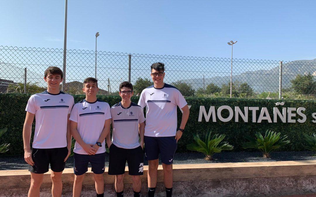 Lliga Catalana  de tennis: El Júnior Masculí B perd contra el Johnny Montanyes per 4-1