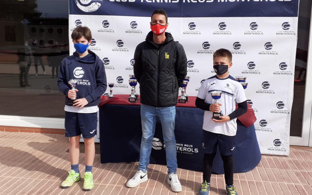 Punt i final al Circuit Juvenil d'Hivern Head de tennis del Monterols
