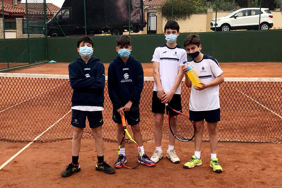 Contundent victòria de l'Infantil Masculí B contra el CT Sant Salvador en la Lliga Catalana de Tennis