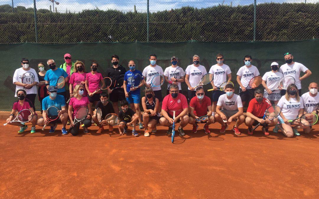 Amistós de l'escola de tennis d'adults amb el CT Montblanc i el CN Reus Ploms