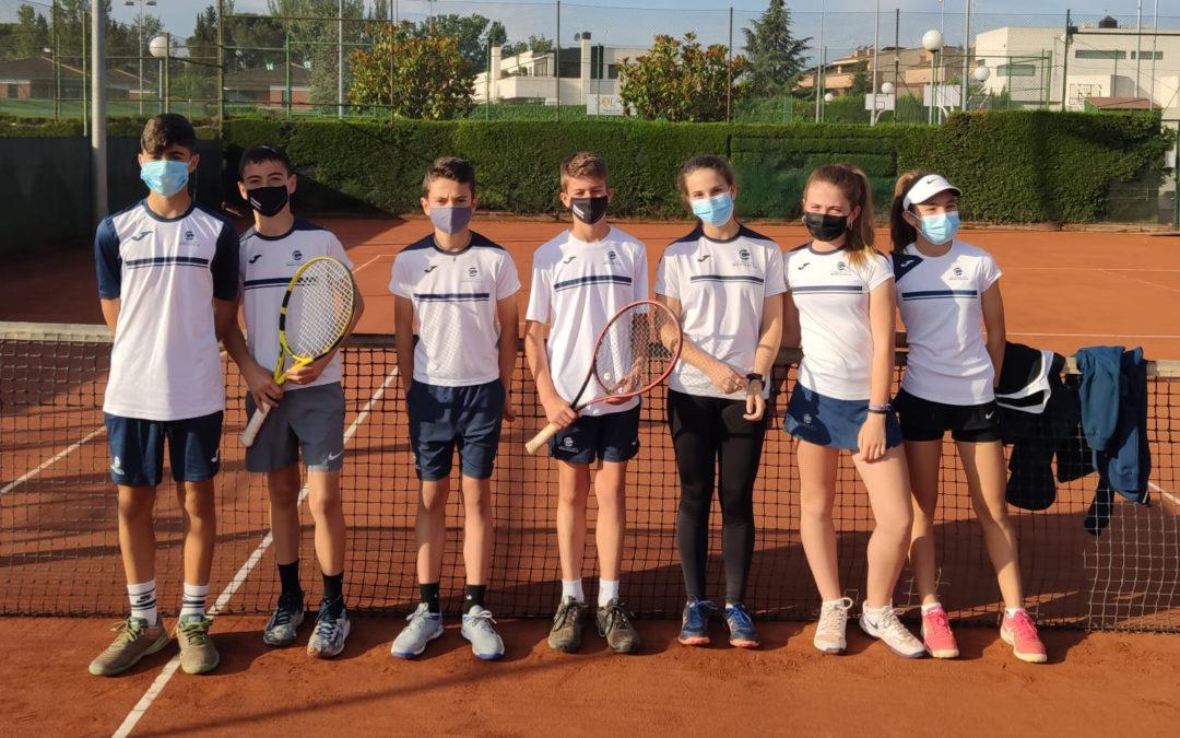 Derrota dels equips Infantil Masculí i Infantil Femení contra el CT Lleida en la Lliga Catalana de tennis