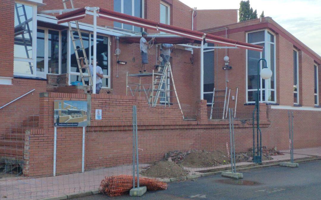 Comencen les obres de remodelació de la terrassa del bar-cafeteria del Club
