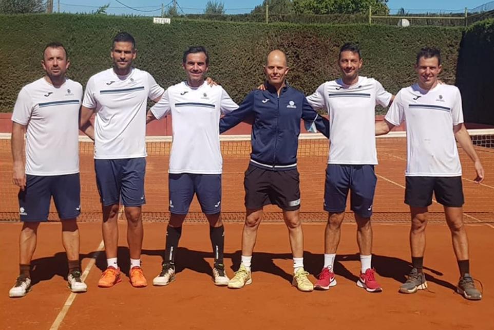 Els veterans del Monterols, sots-campions de Catalunya de tennis per equips +35
